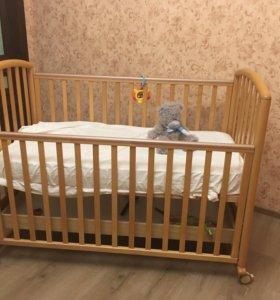 Детская кроватка Pali (Италия) и комод в подарок