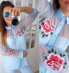 Блузка с вышивкой 3Д