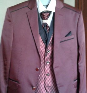 Мужской костюм брюки желетка рубашка