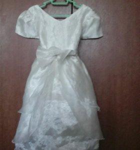 Платье на 4—5 лет