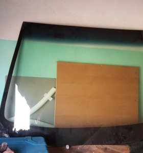Лобовое стекло toyta
