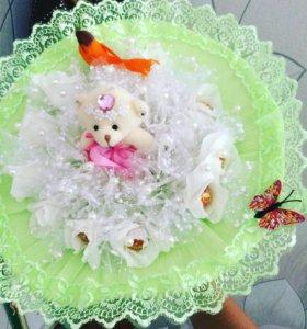Букеты из конфет,сладкие куколки.шары гелиевые