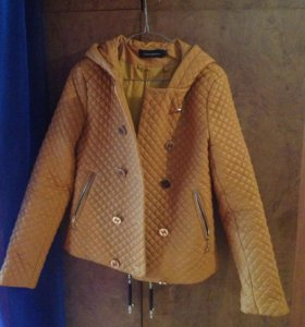 Демисезонная куртка под Chanel