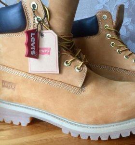 Новые ботинки сапоги Levi's