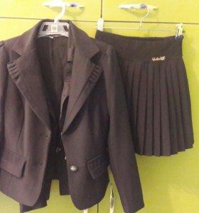Два пиджака+юбка