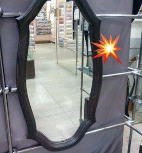 Зеркало в раме из сосны