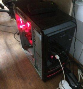 Игровой настольный компьютер.