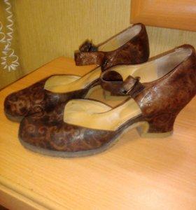 Туфли женские размер 38-39 нат кожа
