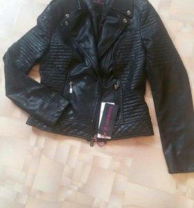 Новая кожаная куртка 46 размер