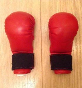 Перчатки детские для каратэ и бокса на 7 лет