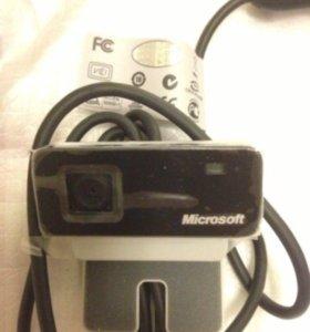 Веб-камера Microsoft с гарнитурой