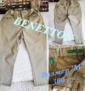 BENETTON джинсы на мальчика, размер 'М'