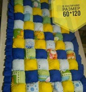 Детский коврик с бомбонами