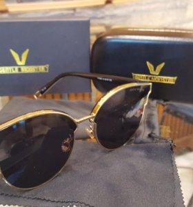 Солнцезащитные очки фирмы Gentle Monster