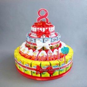 Подарок торт из соков Барни и киндеров