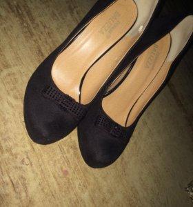 Туфли новые замш