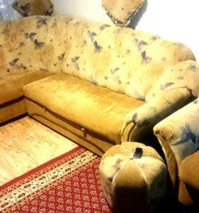 Диван, кресло, пуфик, подушки
