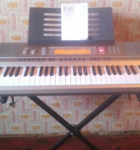синтезатор Casio wk200