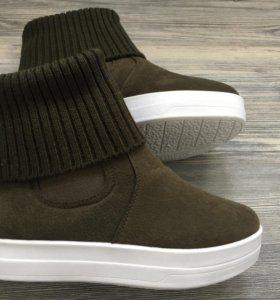 Ботинки новые 37 размер