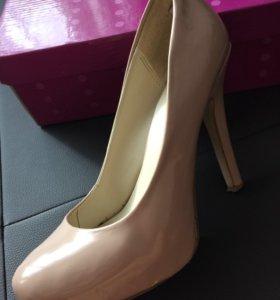 Туфли бледно розовые