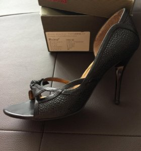 Туфли открытые