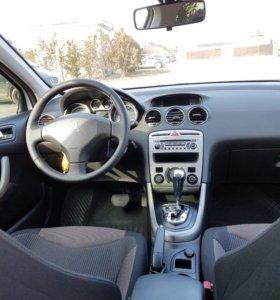 Продам автомобиль Пежо 308