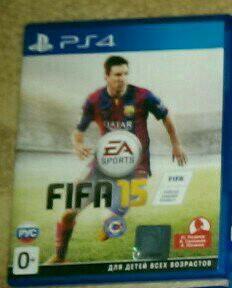 Игра FIFA15 на PS4