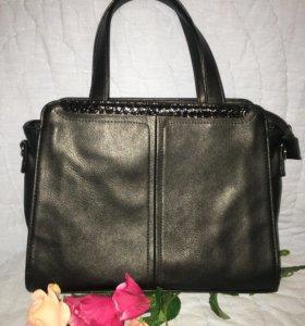 Маленькая чёрная сумочка