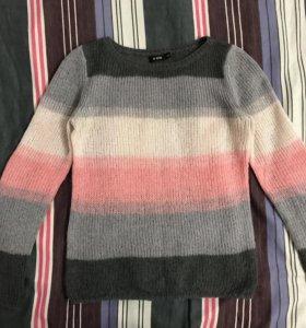Вязанный тонкий свитерок Ostin
