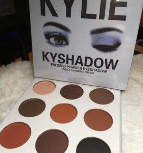 Палетка теней Kylie 9 оттенков