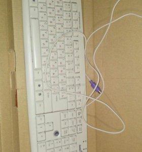 Компьютерные клавиатуры и мышь