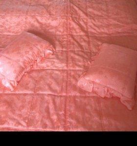 Покрывало и 2 подушки