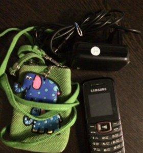 Samsung GT-E1080 + комплект