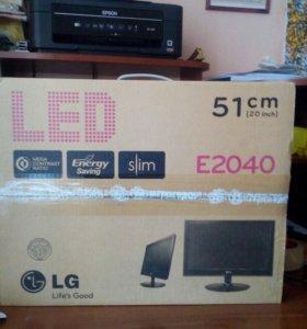 Монитор LG E2040