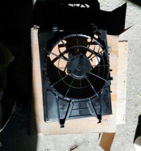 Kia Ceed диффузор радиатора