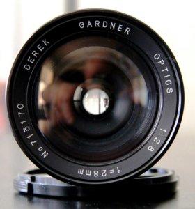 Derek Gardner Optics 28mm f/2.8