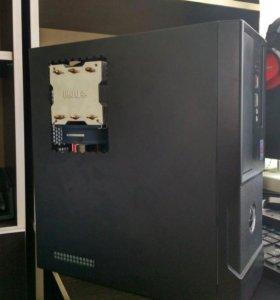 компьютер в компактном корпусе + принтер