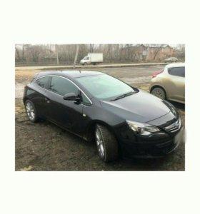 Opel Astra GTC 1.4МТ, 2012, хетчбэк