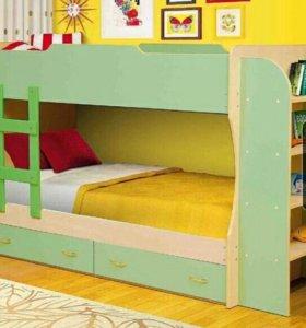 2-х ярусная кровать с ящиками и стеллажом