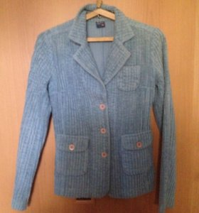 Голубой вельветовый пиджак
