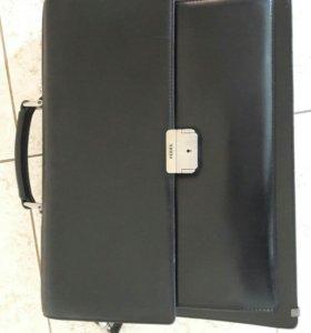 Мужской портфель Petek