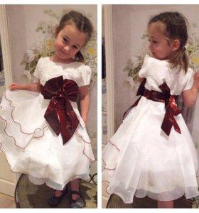 Платье , 1400₽