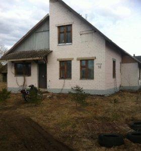 Дом в деревне Лутовенка