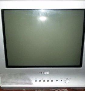 """Телевизор 15"""" б/у"""