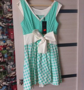 Новое платье. Размер 46-48.