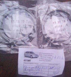 Два комплекта поршневых колец ВАЗ
