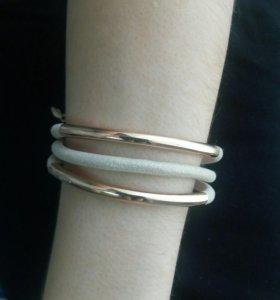 Косметичка+браслет yves rocher