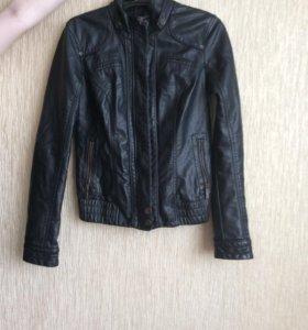 Куртка кожаная Colin's 44 размер