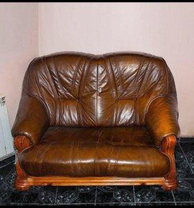 Кожанные диван
