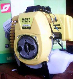 Двигатель на триммер 43 кубика 2.5 л/с новый!